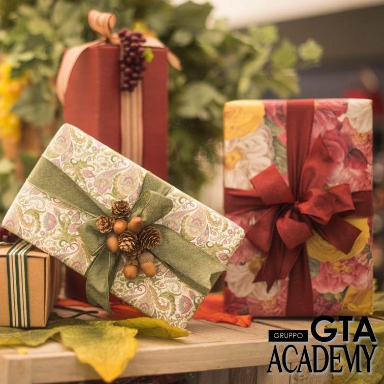 CORSO – Presentazione Di Allestimenti E Nuovi Incarti Decorativi Natale 2021 – 04 Ottobre 2021